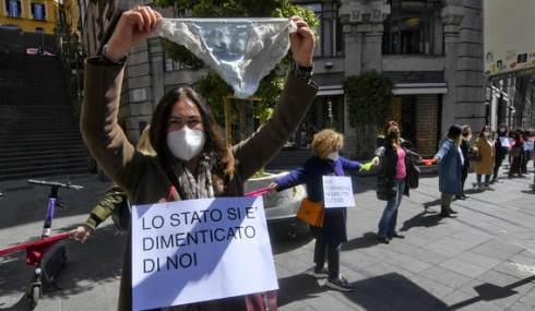 proteste in diverse città