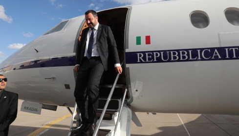 Voli di Stato, chiesta archiviazione per Salvini