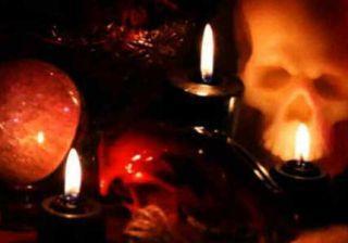 satanismo cimitero