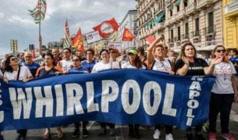 Whirlpool licenziamento collettivo