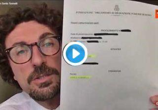 Toninelli citato per diffamazione da Berlusconi