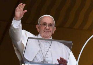 Bergoglio solo fedeli vaccinati e con green pass