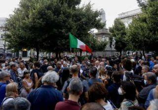 manifestazione contro il green pass a milano