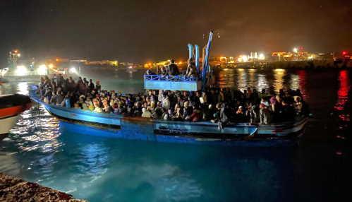 Lampedusa, 552 migranti sbarcati