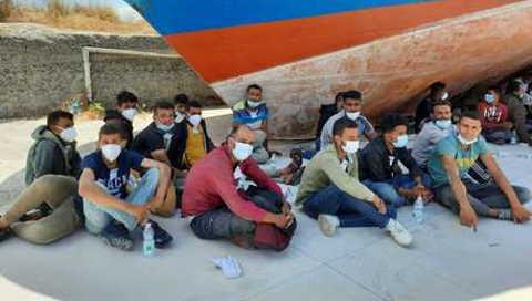 80 migranti sbarcati nella Locride