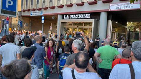 manifestazione contro il green pass a Firenze