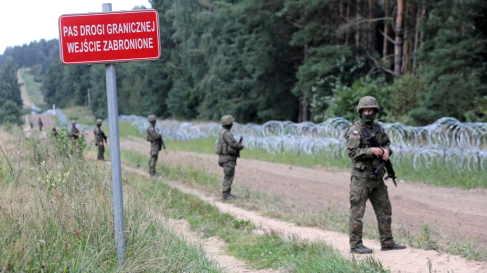 Polonia muro anti migranti