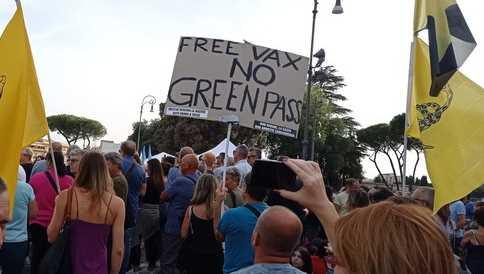 no green pass a Milano