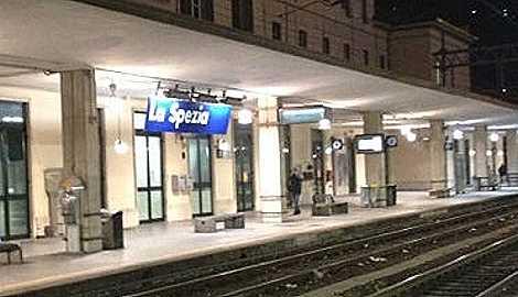 Tentato stupro alla stazione della Spezia